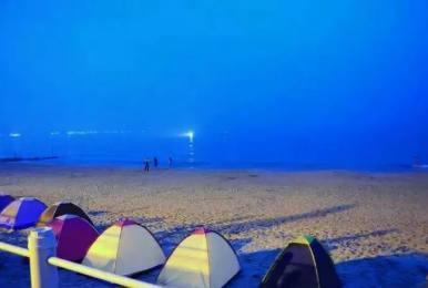 (每周末及大假期)惠州黄金海岸沙滩露营烧烤 骑马 穿越虎洲岛 清泉古寺二日游