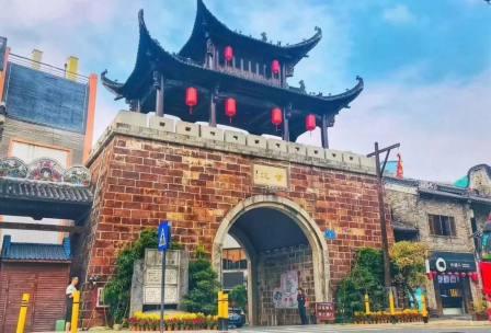 深圳甘坑客家小镇亲子+红色团建一日游